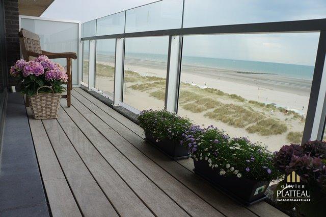 Exclusief top-appartement op de zeedijk.