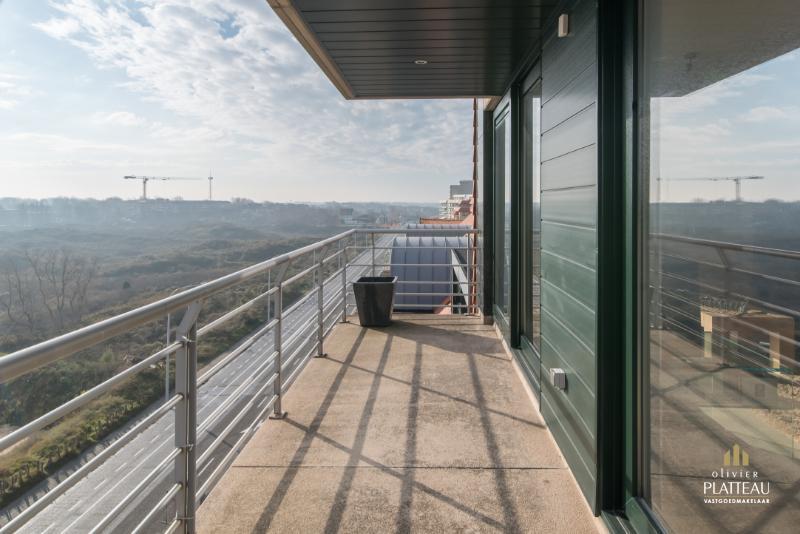 Zongericht appartement met dubbele breedte en prachtig uitzicht op het duinengebied.