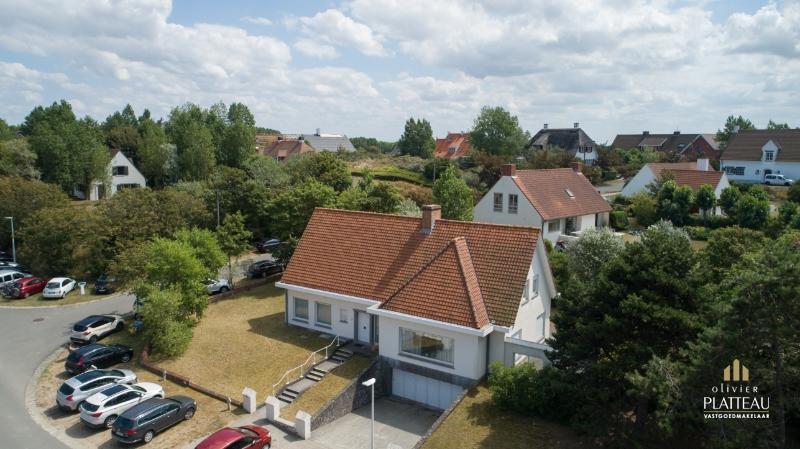 Ruime villa op 300m van zee te Nieuwpoort-Bad.