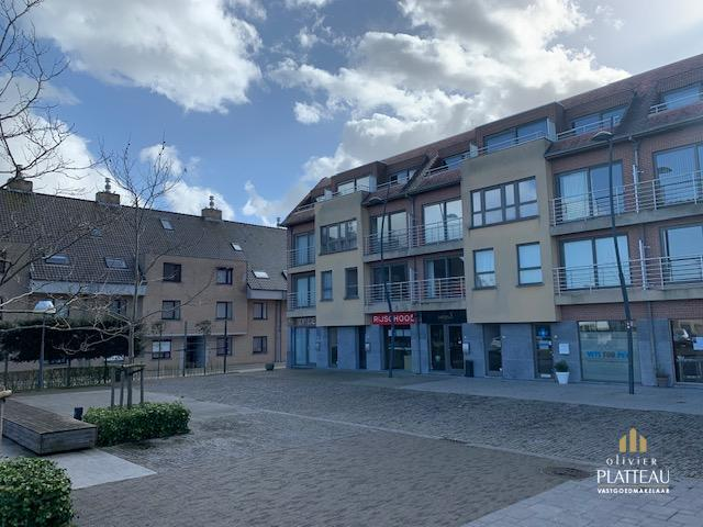 Appartement met één slaapkamer gelegen op het A. Meyneplein te Westende.