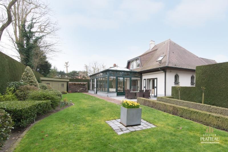 Grote villa met 4 slpk op 1077m² gelegen achteraan in de Simli-wijk te Nieuwpoort-Bad!