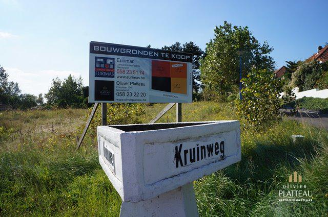 Residentieel gelegen bouwgrond te Oostduinkerke.
